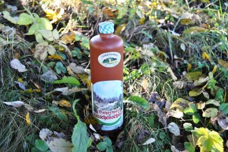 Bergwald Latschenschnaps 40 % im Tonkrug 0,7l